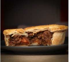 2 Venison & Red Wine Pies (440g)